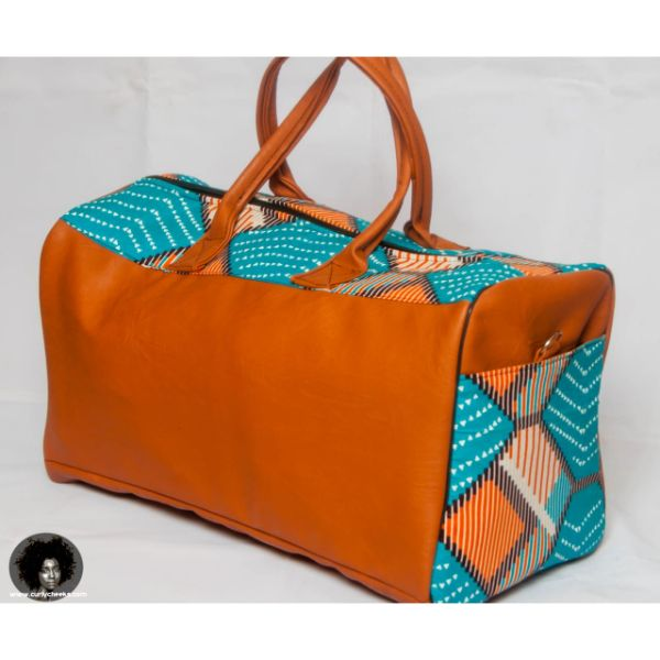 Large travel bags perfect for long trips